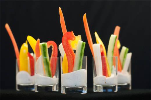 Gemüse mit Dip